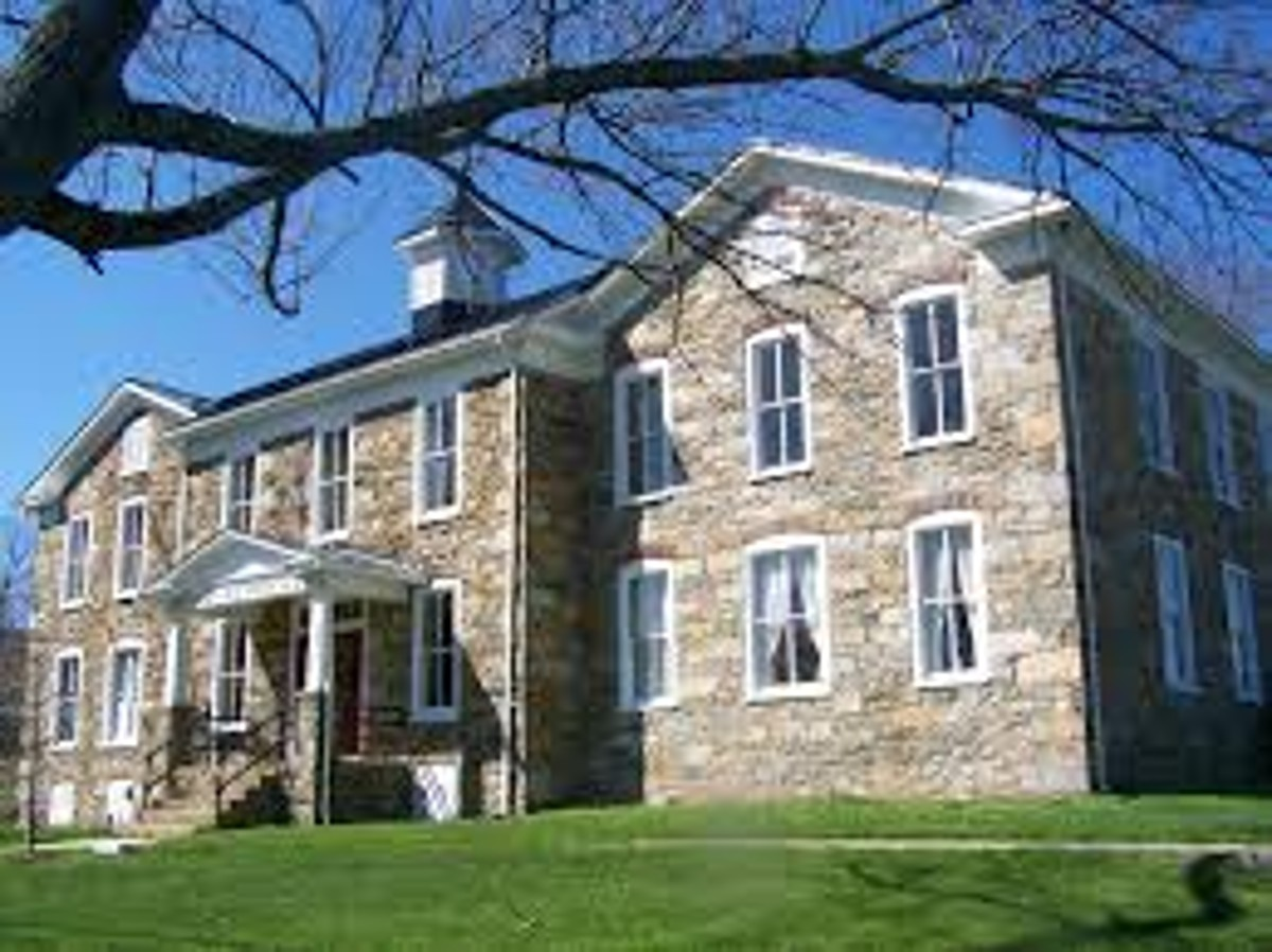 The Old Stone School is a hub for the arts in Hillsboro, Virginia